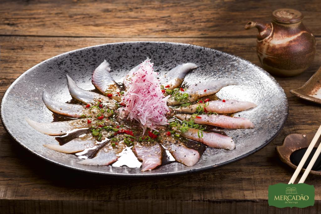 Na imagem, o prato Saint Peter do Daásu Sushi Bar para a segunda edição do Mercadão Week.