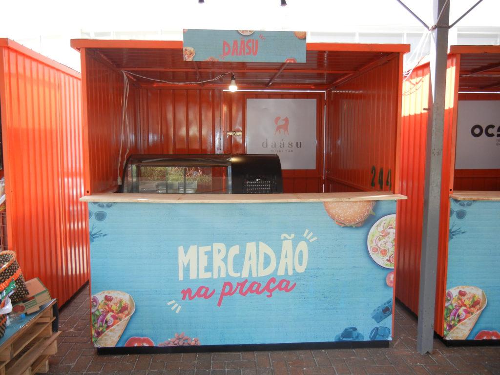 Na imagem, o container do Daásu Sushi Bar para o Mercadão na Praça.