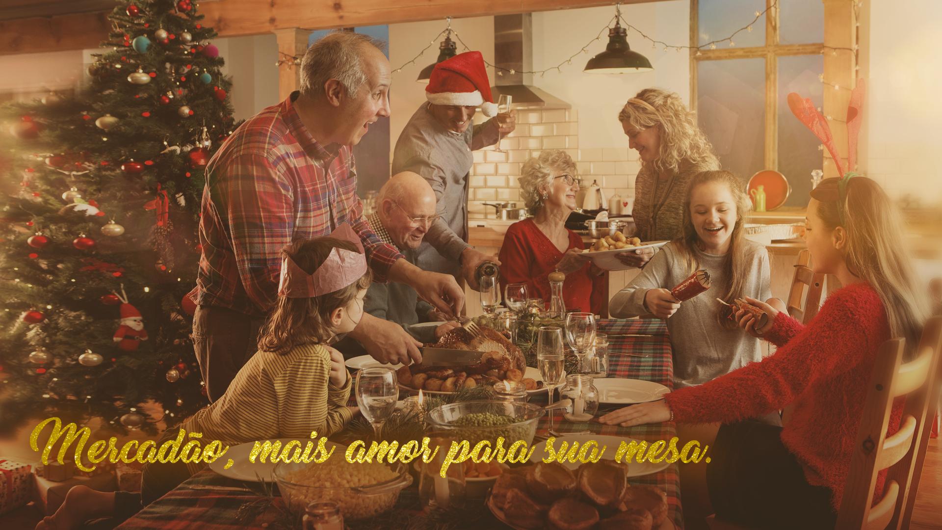 Na imagem, a campanha de Natal do Mercadão para o ano de 2017, Mais amor para sua mesa.
