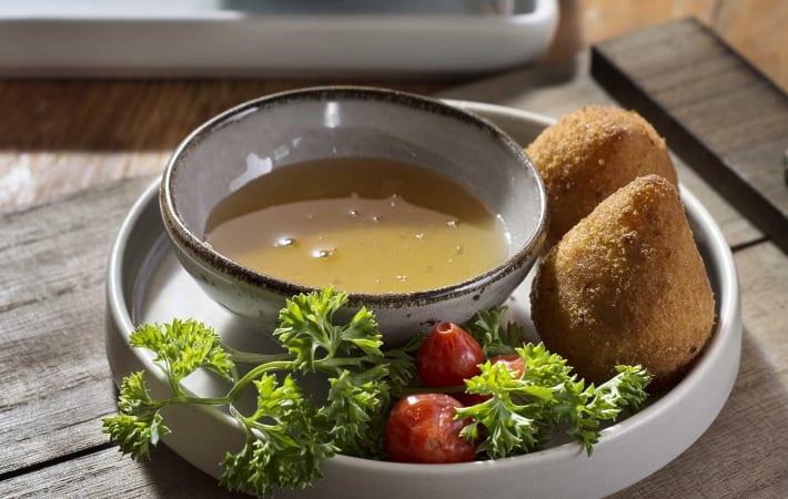 Restaurante oferece conceito gastronômico inovador no Mercadão