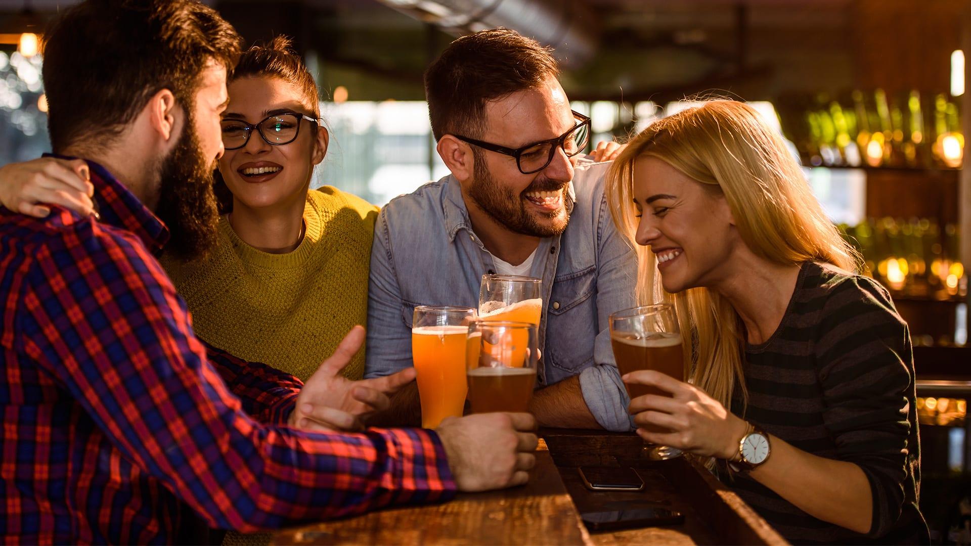 O-melhor-happy-hour-com-os-amigos